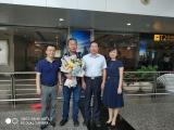重庆大学附属肿瘤平台援藏干部黄智勇完成支援任务载誉而归