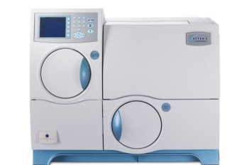 VITEK 2 Compat 全自动微生物分析系统