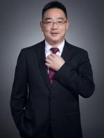 吴永忠 党委副书记  院长