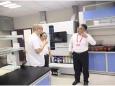 上海复旦大学肿瘤医院杜祥教师莅临我院病理科考察交流