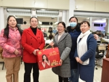 重庆大学附属肿瘤医院党政领导新春慰问一线工作人员