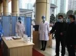 重庆大学张宗益校长走访慰问附属肿瘤医院防疫一线医务人员